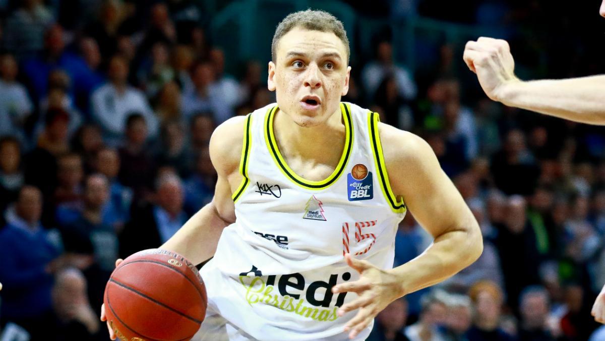 Die Bayern-Basketballer haben nach Leon Radosevic ihren zweiten Zugang verpflichtet: Flügelspieler Robin Amaize wechselt zum Double-Sieger, der 24-Jährige unterschrieb in München einen Dreijahres-Vertrag bis Sommer 2021.